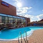 Foto de Howard Johnson Hotel by the Falls Niagara Falls