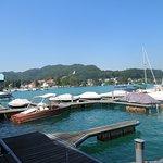 Lakeside Marina mit Blick auf Reifnitz