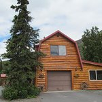Photo de Tundra Rose Guest Cottages