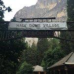 Photo de Half Dome Village