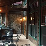 Wonderful that this restaurant is open again. The arts & crafts building is spectacular! Food &