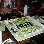 Excelente ambiente para disfrutar un delicioso sushi, una atención muy buena, de alta calidad, i