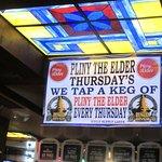 St. John's Bar & Grill Foto