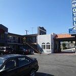 Photo de Americas Best Value Inn - Los Angeles / Hollywood
