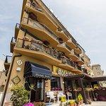 FOTO ESTERNA DELL'HOTEL SOLE