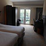 chambre à l'arrière avec balcon