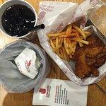 صورة فوتوغرافية لـ 4 Fingers Crispy Chicken