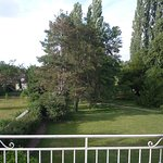 Vue de la chambre pavillon parc depuis la terrasse
