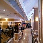 BEST WESTERN PLUS Carlton Plaza Hotel Foto