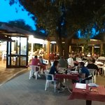 La veranda del Conerello, con le luci della sera