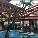 Hotel The Flora Kuta Bali Photo