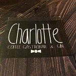 Charlotte GastroBar & Café - Teatinos