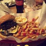 صورة فوتوغرافية لـ Butcher's Burger
