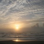 Photo de Seabreeze Beach Resort