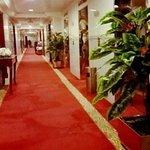 Al Manar Deluxe Hotel Apartments Foto