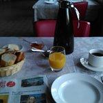 petit déjeuner + journal