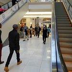 Foto de Lattelicious Nelson Mandela Square