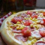 Обожаемая всеми детьми пицца-Бомбино.Ваши детки будут довольны!