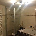 Mycket stort badrum(ca 25m2)