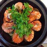 Steamed Shrimp with Fried Glass Noodle