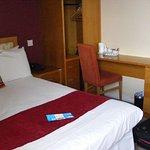 The Pier Hotel, Limerick Foto