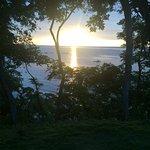 Vista de la puesta del sol desde la habitacion en el Four Seasons Papagayo