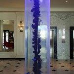 Beautiful pillar, with nimo and dorry