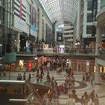 Foto de CF Toronto Eaton Centre