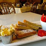 Great places for breakfast & lunch! Brunch is served until 2 pm on the weekends. They use fresh