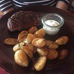 Amarillo Steakhouse - Hüftsteak mit Rosmarin Kartoffeln