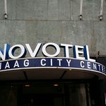 Photo de Hotel Novotel Den Haag City Centre