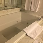 Tub in the King Spa Premier Room (Room 501)
