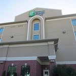 Photo de Holiday Inn Express & Suites Barrie