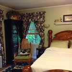 Photo of Fox Crossing Bed & Breakfast