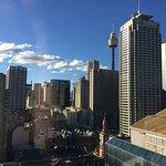 Photo de Fraser Suites Sydney