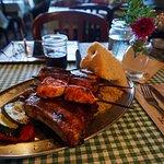 Foto di Klondike Rib and Salmon BBQ