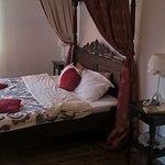 Large room, royal bed