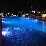 Photo de Samui Sense Beach Resort