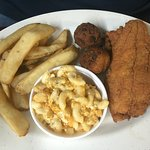 DeShawn's Seafood and Chicken