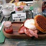Yum. Fantastic breakfast for under £5.