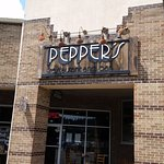 Pepper's Restaurant and Bar Bild