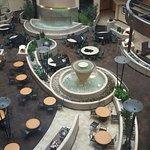Photo de Embassy Suites by Hilton Kansas City-International Airport
