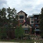 Photo de Valdoro Mountain Lodge
