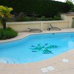 La piscine et son beau décor