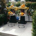 Foto de Golden Tulip Mandison Suites