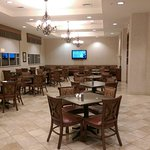 Photo de Drury Inn & Suites St. Louis Arnold