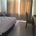 kamar luas,bersih dan telah direnovasi
