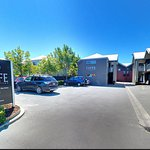 FYFFE on Riccarton Motor Lodge Foto