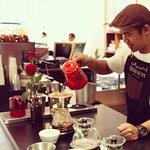 صورة فوتوغرافية لـ Elixir Bunn Coffee Roasters
