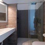 bagno camera comunicante superior
